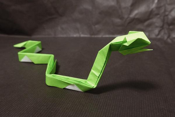 折り紙 蛇(十二支) - 折り紙 ... : 折り紙 ドラえもん 折り方 : すべての折り紙