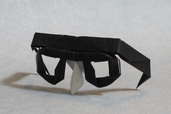 折り紙 メガネ