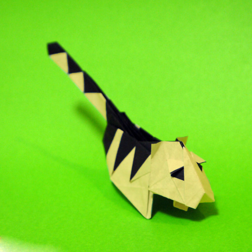 折り紙 虎