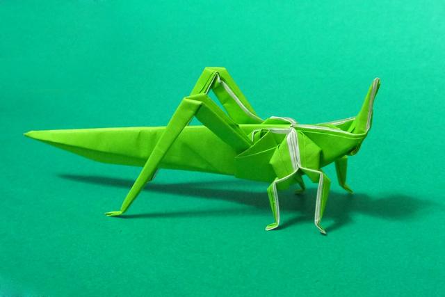簡単 折り紙:折り紙 バッタ-origamida.com