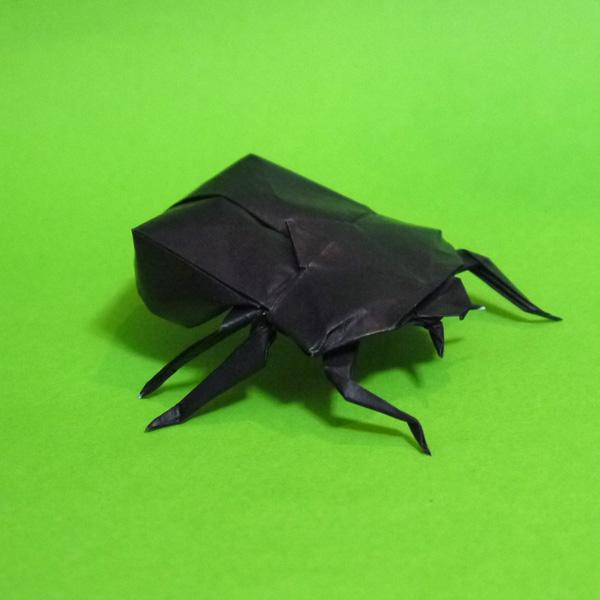 折り紙 カブトムシの雌