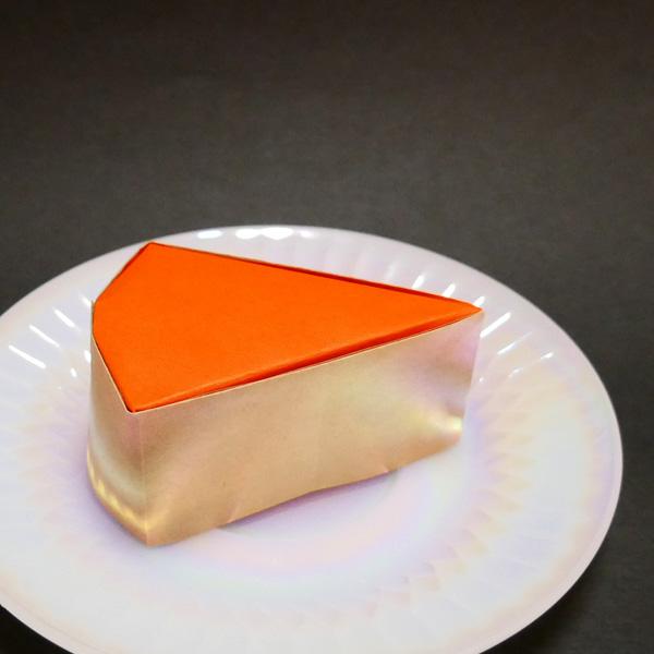 折り紙のスフレチーズケーキ