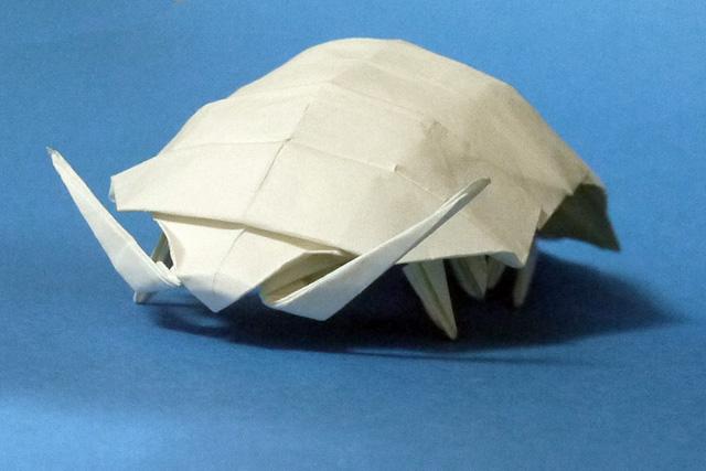 すべての折り紙 折り紙 昆虫 折り方 : 折り紙 ダンゴムシ - 折り紙 ...