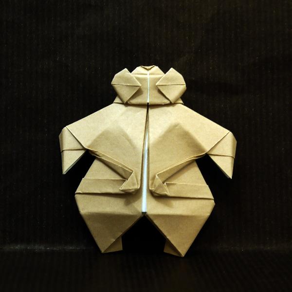 折り紙の土偶。遮光器土偶です ...