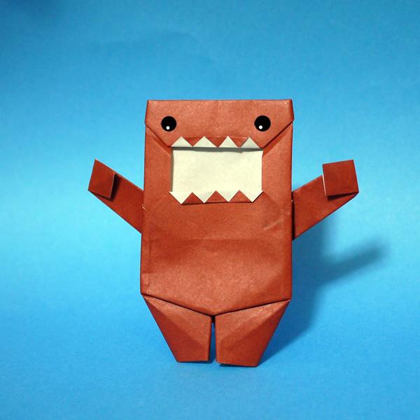 折り紙キャラクター どーもくん