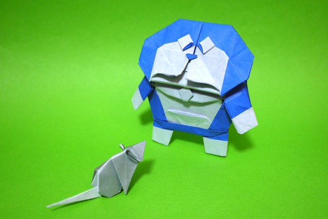 ドラえもんとねずみの折り紙