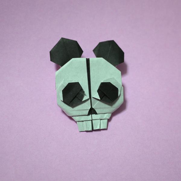 折り紙ミッキーマウスの骸骨