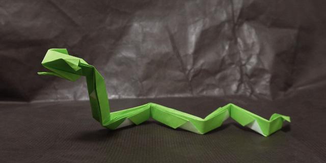 折り紙 蛇