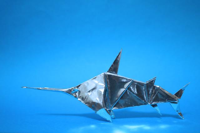 折り紙のカジキマグロ