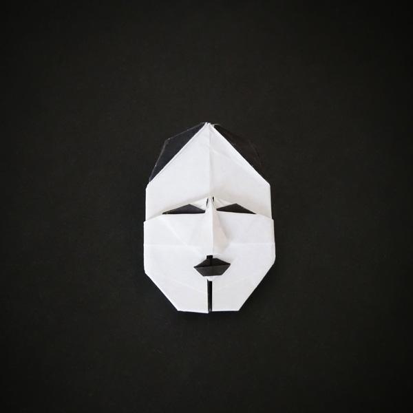 折り紙の能面 小面